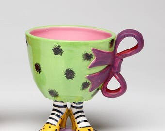 Green Cup with Purple Bow on Yellow Heels 8 oz (61841)