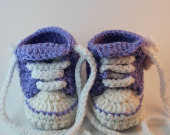 Custom Crochet Baby Girl Converse Boots, 0-3 month,  High Top booties, Girls Boots, Baby Gift, Baby Lace up boot,