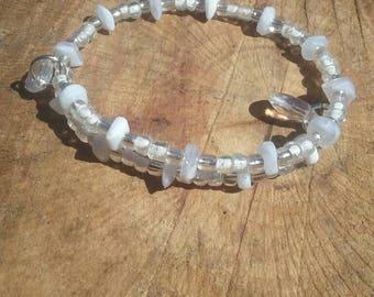 Boho hippy bracelet. Plastic beads. 6 inch. Memory wire.
