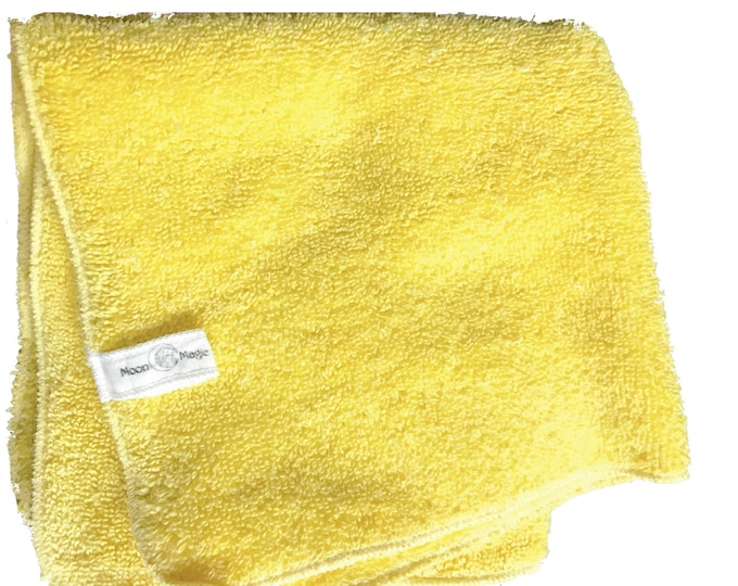 Yellow Tonic, Organic Herbal Washcloth for mature, dry and sensitive skin. Nourish with Nature