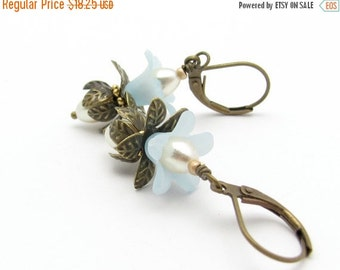 Flower Earrings, Blue Flower Earrings, Blue Earrings, Bohemian Earrings, Boho Wedding, Vintage Swarovski Pearls, Hawaii Jewelry, Bride