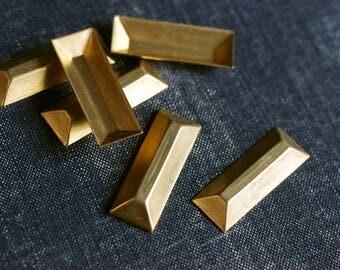 Medium 31x11mm Faceted Rectangle Bar Stampings - 12pcs - Raw Brass - Gold Bar - Brass Rectangle Embellishment - Metallic Gem - Baguette
