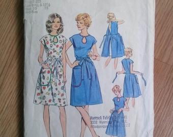 Vintage 1970s Pattern 70s Wrap Dress Simplicity 6341 B34 2017100