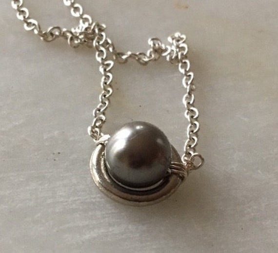 single pearl necklace black pearl necklace pearl necklace