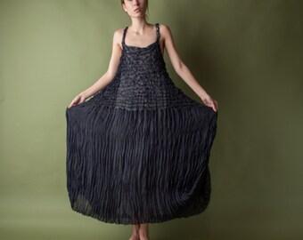 sheer popcorn micropleat maxi dress / black maxi dress / crinkled evening dress / s / m / 1116d / B3