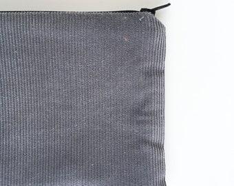 Corderoy zip pouch