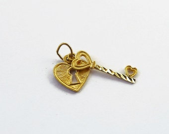 Vintage Gold Lock and Key Charm, Solid 14K Gold Charm, Heart Lock, Skeleton Key, Heart Key, Vintage Charms