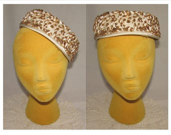 Vintage Off White Pillbox Hat with Gold Metallic Sequins by AMY of New York, 50s, chic, fashionable