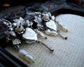 Frida Khalo Style Earrings-boho Mexican filigree Chandelier Love Birds earrings-Milagros kissing birds Heart earrings-Pajaritos earrings