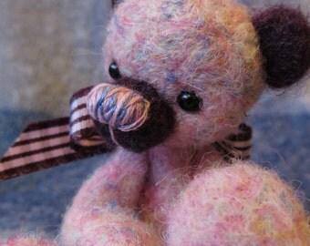 Little Handfuls presents Sherbert Bear