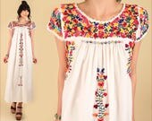 ViNtAgE 70s Floral Embroidered Mexican Maxi Dress // Cotton Oaxacan Artisan Handmade Hippie BoHo Wedding S M Small Medium