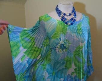 Blue Flowers 80s Vintage Caftan Perma Pleats Blue and Green 80s long Kaftan dress pleated vintage Angel Sleeves blue Boho Long Dress S M