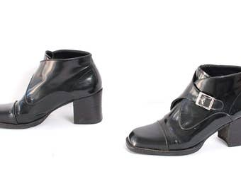size 8.5 CHELSEA black patent leather 80s 90s BUCKLE BEATLE ankle boots