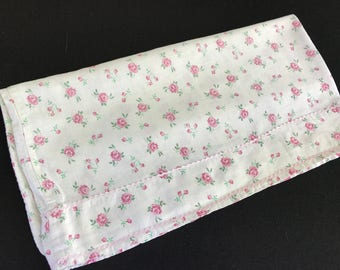 Vintage Single Orphaned Pink Roses Print Pillowcase with Pink Rick Rack Trim