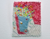 BROOCH Textile hand embroidered - Vase of flowers