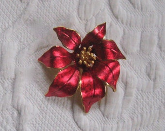 poinsettia brooch . red flower brooch .  xmas brooch . poinsettia pin
