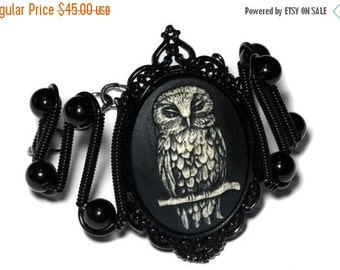 HAPPY HOLIDAYS SALE - Neo Victorian SteamGoth Jewelry - Bracelet - Owl Cameo
