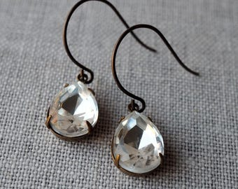 Crystal Wedding Earrings / Sparkly Crystal Earrings for the Bride / Crystal Clear Rhinestone Earrings / Wedding Jewelry