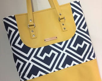 Tiffany Tote in Navy Premier Shakes and Gold