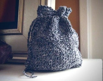 Gray drawstring rune bag / rune bag / knit rune pouch / divination / crystal pouch / recycled yarn / knit oracle bag / eco friendly