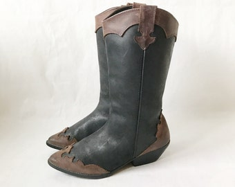 Vintage 80's Two Tone Cowboy Boots. Size 7 1/2