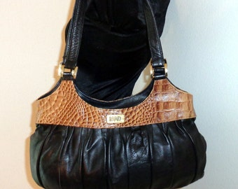 LAND buttery genuine leather embossed  detail dual strap hobo satchel bag purse vintage early 90s pristine MINT cond
