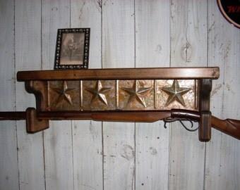 Wall mounted gun rack shelf