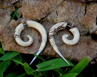 Fake Gauges Earrings,tribal style,hand carved,wood Earrings ,Tribal Expander Split,organic