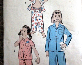 Vintage Advance #7874 sewing pattern - from 1950s - Girl's size 4 pajamas - Easy pattern