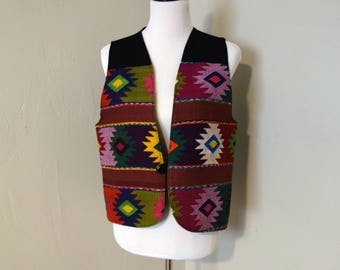 Vintage Women's Vest, 1980s/1990s Southwestern Rug Pattern Woven Fabric with Black Cotton Back, One Front Button, Boxy Shape, No Adjuster