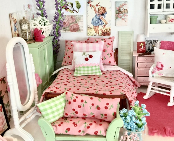 Miniature Dollhouse Lecien Fabric Cherry Comforter Bedding and Sleigh Bed - 1:12 scale