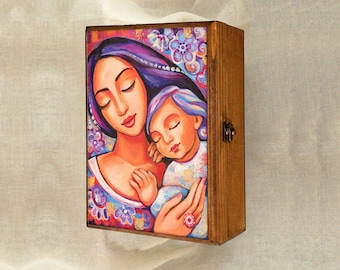 Mother and child, mother box, motherhood art, wooden gift box, christian box, keepsake box, jewelry box, 7x10