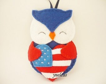 Felt Owl Christmas Ornament with American Flag Heart/4th July/Patriotic USA Decoration/Wall hanging/ ONE ORNAMENT