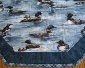 """Quilted Octagon Mat in the Loon Pattern - 22"""" diameter"""