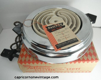 Vintage Hot Plate in Box Fostoria Hot Plate Model 11 Chrome Cloth Cord Works 1950s Kitchen Decor Movie Prop Photo Prop Electric Table Stove