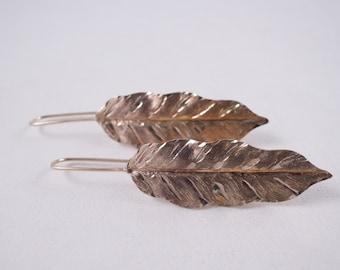 Vintage 14K Gold Handmade Leaf Drop Earrings