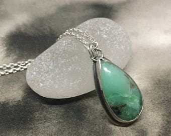 Chrysoprase and sterling silver window pendant, handcut design, bright emerald green teardrop