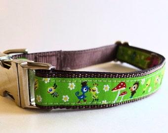 Green Hedgehogs and Birds Dog Collar with Metal Buckles - Medium