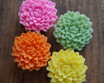 1 inch (25mm)  Chrysanthemum Flower Plugs. you choose color. pink. orange.yellow. green. flower plugs for stretched ears.Flower Gauges.