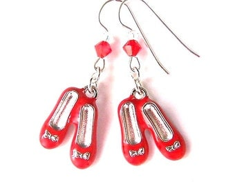 Ruby slippers earrings, Dorothy red shoes charms, Wizard of Oz earrings, retro movie classic, cinema film jewelry, nostalgic gift