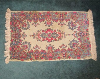 Vintage Woven Wool 23x41 Area Rug in Cranberry and Blue on Cream