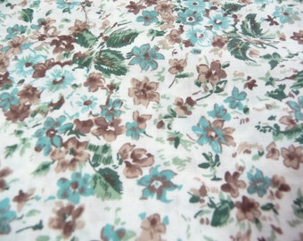 Vintage Fabric, Green Brown Fabric, Small Flowers, Over 3 Yards, Sewing Fabric, Sewing Supplies, Dress Fabric, Clothing Fabric, Home Decor