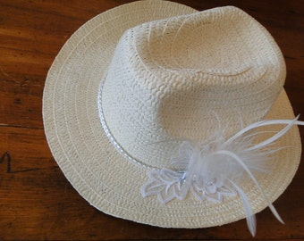 Ladies Bridal poly Straw hat feathers amd rhinestone cowgirl wedding country wedding theater summer sun hat  formal church horse race