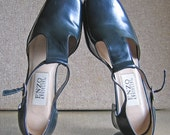 Enzo Angiolini Dark Navy T-Strap Shoes