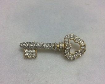 Vibtage rhinestone key brooch aaa27