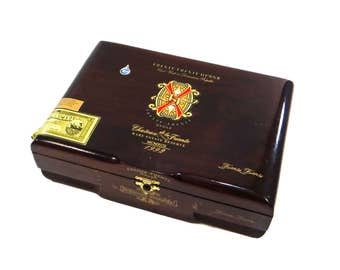 Vintage Wood Cigar Box. Fuentes Opus X from the Dominican Republic