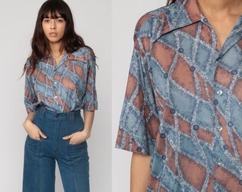 Button Up Shirt 70s Shirt Striped Blue Blouse Hippie Boho 1970s Shirt Disco Top Vintage Collared Abstract Print Hipster Short Sleeve Large