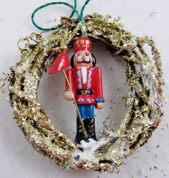 Nutcracker Christmas Ornament 101