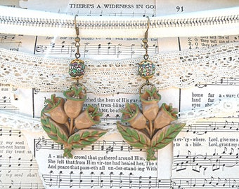 spring tulip earrings assemblage pantone greenery green floral upcycled repurposed vintage jewelry
