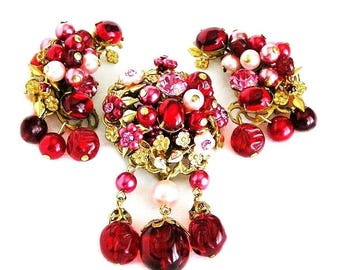Karu Arke Pink and Red Floral Brooch with Dangle Clip Earrings